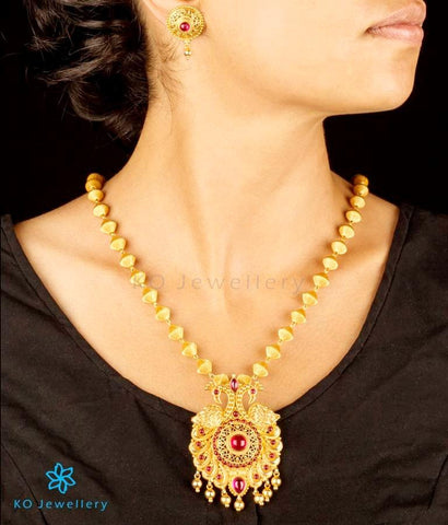 Gorgeous necklace handcrafted traditional temple jewellery