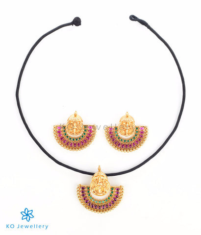 Beautiful temple jewellery set depicting Goddess Lakshmi