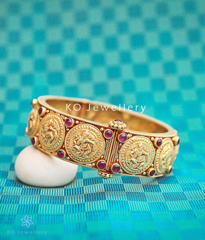 Best temple jewellery designs steeped in mythology