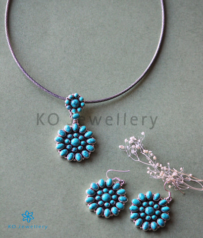 The Sarvam Silver Gemstone Necklace (Turquoise)