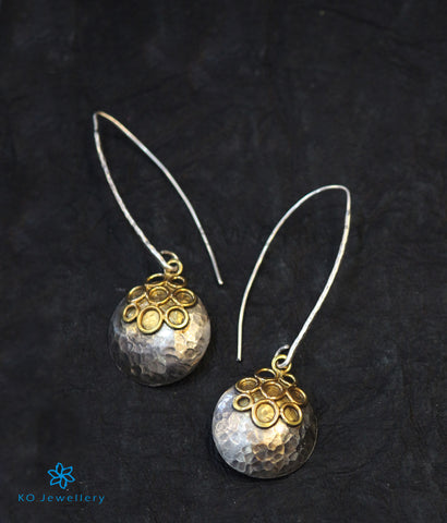 The Pratik Silver Earrings (Two-tone)