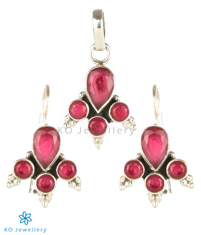 Genuine red zircon and silver pendant set