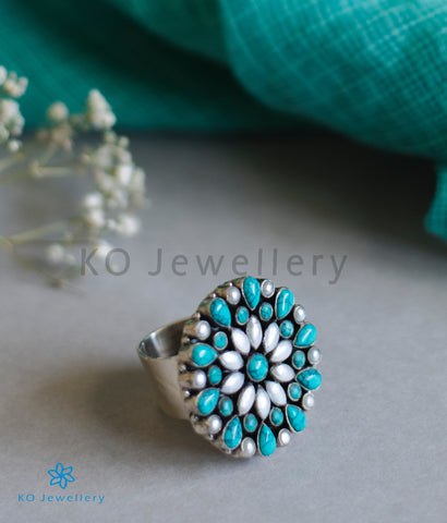 The Kamna Silver Finger-Ring (Pearl/Turquoise)
