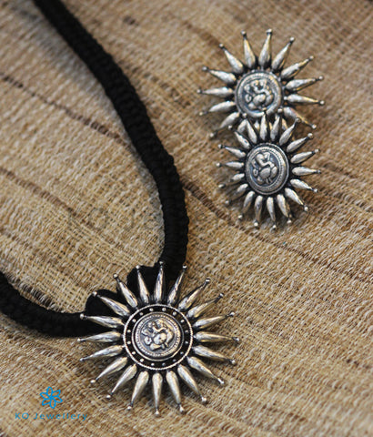 The Durja Silver Necklace (Oxidised)