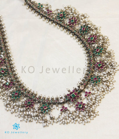 The Maya Silver Guttapusalu Necklace (Oxidised/Red&Green)
