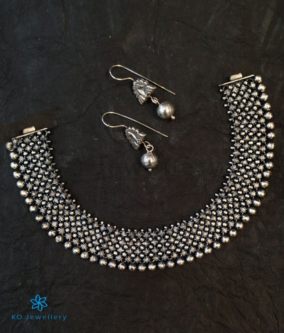 The Sahitya Antique Silver Necklace (Oxidised)