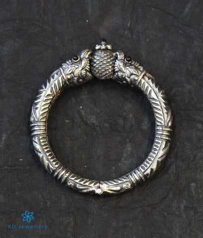 The Analpa Antique Silver Kada(Oxidised)