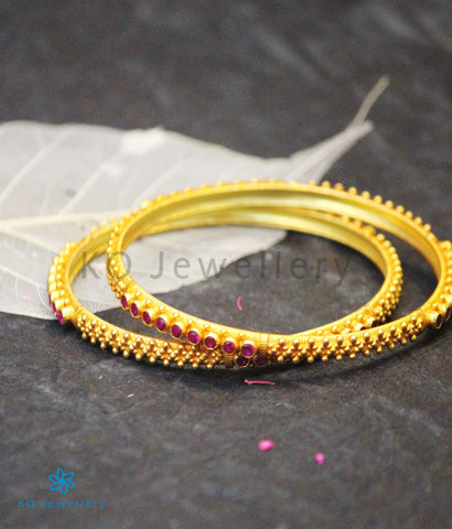 The Rati Silver Kempu Bangle (Red)