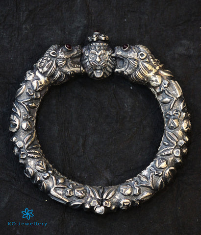 The Simha Antique Silver Kada (Oxidised)