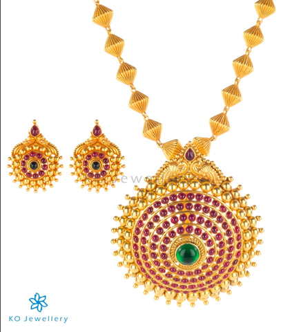 Ornately patterned handcrafted temple jewellery set