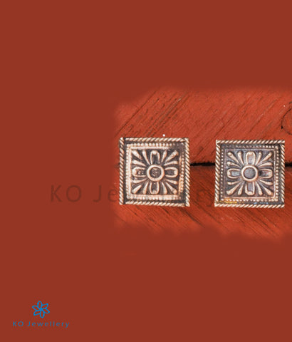 The Samaikhya Silver Ear-studs