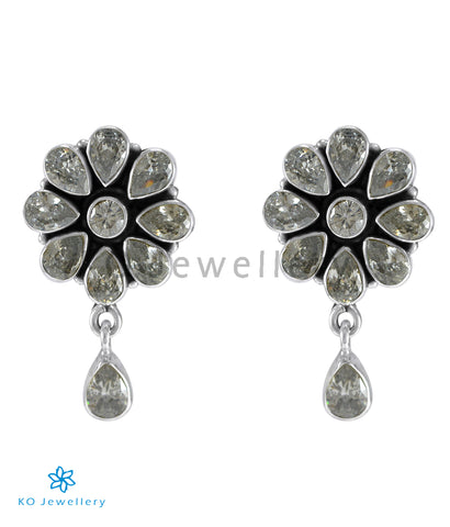 The Aamod Silver Gemstone Ear-stud (White)