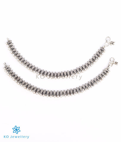 Oxidized pure silver anklets