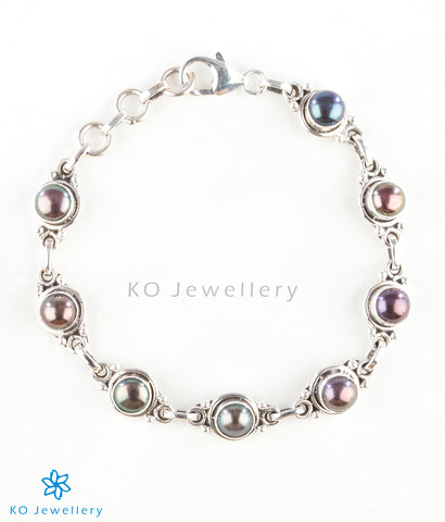 The Prisha Silver Black Pearl Bracelet
