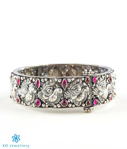 The Vrsala Silver Antique Bracelet