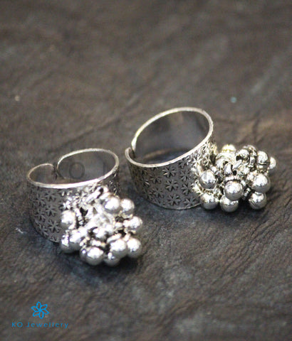 The Katyayani Silver Toe-Rings