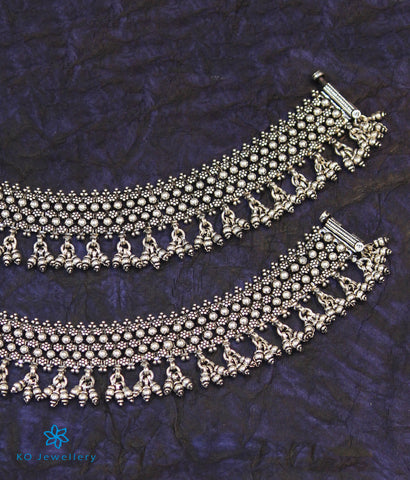 The Katyayini Silver Bridal Anklets