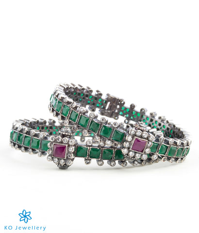 The Shreeja Silver Kemp Bracelet-Green