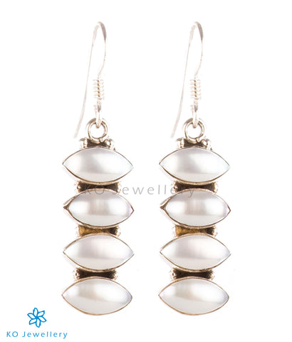 The Pratha Silver Gemstone Earrings-Pearl