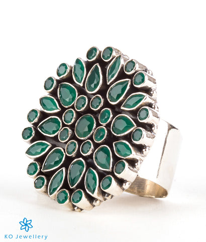 The Yukti Silver Gemstone Cocktail Finger-ring(Green)