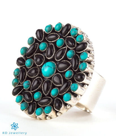The Prisha Silver Gemstone Cocktail Finger-ring(Black/Turquoise)