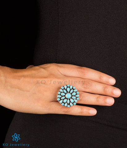 The Divit Silver Gemstone Cocktail Finger-ring (Blue)