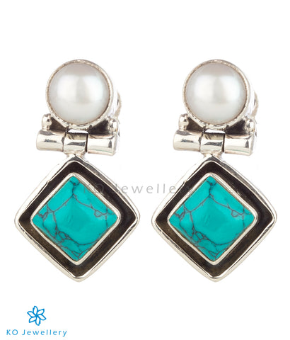 The Charit Silver Gemstone Earrings(Turquoise)