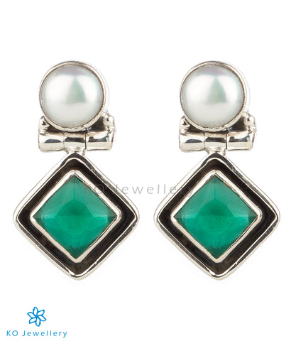 The Charit Silver Gemstone Earrings(Green)