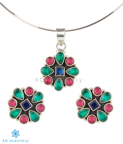 The Kaya Silver Gemstone Pendant Set (Stud)