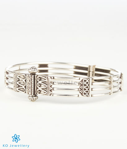 The Bhumija Silver Bracelet (Four Line)