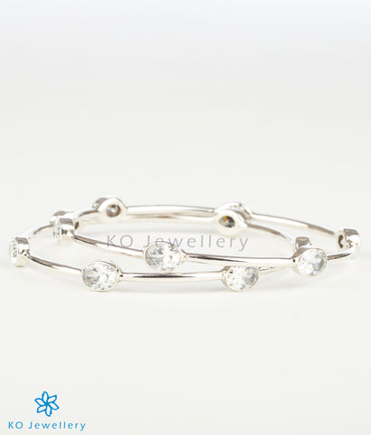 The Advaya Silver Bangle(White)