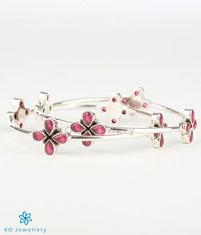 The Anaita Silver Gemstone Bangle (Red)