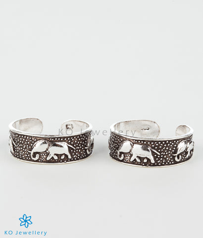 The Gaja Silver Toe-Rings