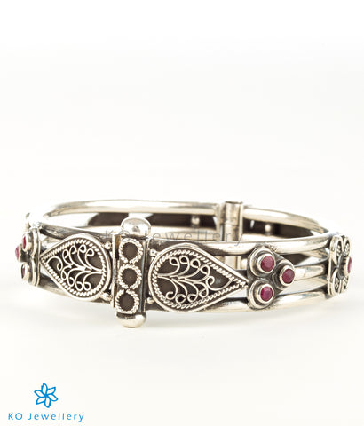 The Sarisha Silver Bracelet (Red)