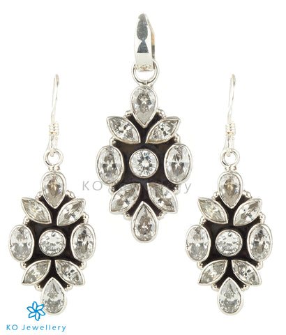 The Iti Silver Gemstone Pendant Set (Zircon)