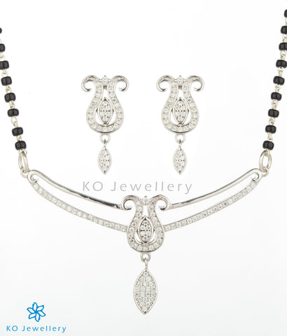 The Vadhu Silver Mangalsutra