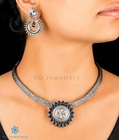 The Vrtra Silver Rakodi Pendant(Blue)