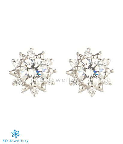 The Daisy Silver Ear-studs (White)