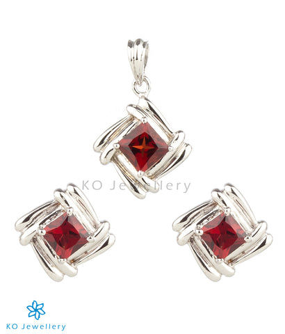 The Adele Silver Pendant Set (Garnet/Red)