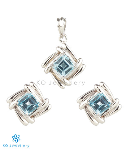 The Adele Silver Pendant Set (Light Blue)