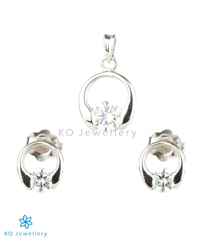 The Eve Silver Pendant Set (White)