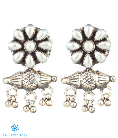 The Taweez Silver Gemstone Earrings (Pearl)