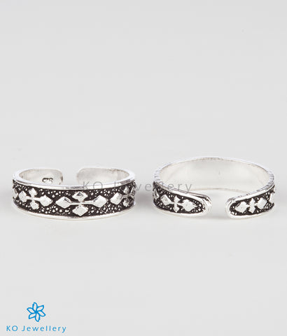 The Jia Silver Toe-Rings