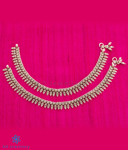 The Taraash Silver Anklets