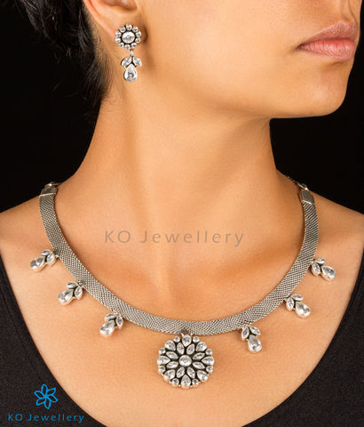 The Niyamya Silver Gemstone Necklace