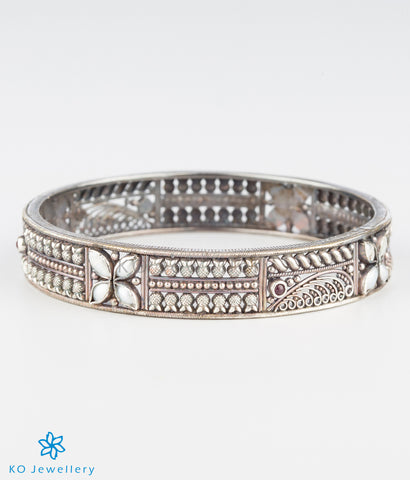 The Mithila Silver Pearl Bangle (Oxidised/Size 2.4/2.8)