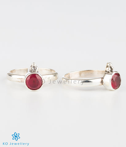 The Abhata Silver Toe-rings (Red)