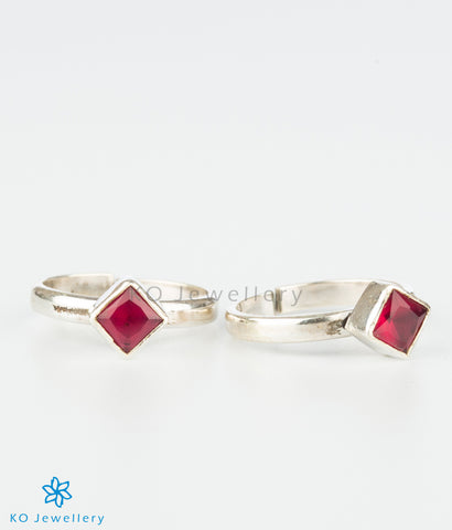 The Pratik Silver Toe-Rings (Red)