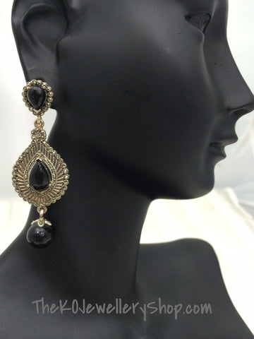 Chandaleir earring pure silver marcasite black stone studded buy online