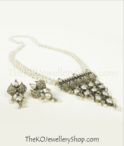 The Varsiddhi Silver Pearl Necklace Set